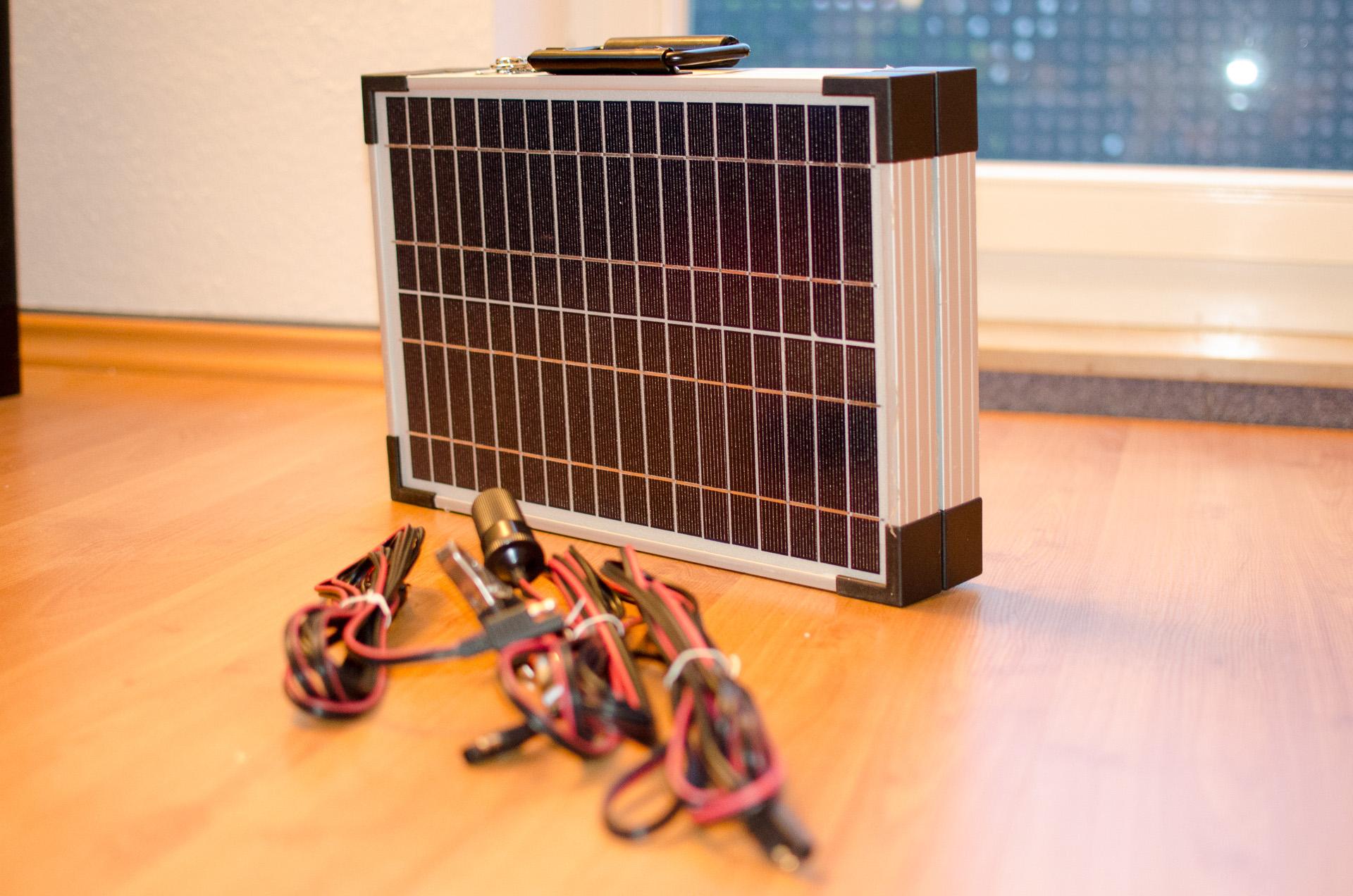 autobatterie laden autobatterie laden autobatterie mit. Black Bedroom Furniture Sets. Home Design Ideas
