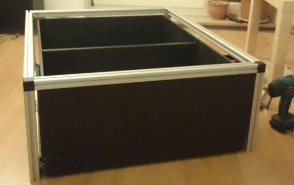 Schublade eingebaut